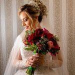 Maquiagem para noiva de dia: as melhores inspirações para seu casamento